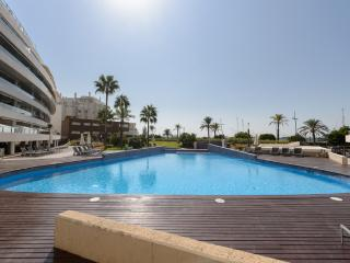 Ibiza penthouse frontline apartment in Miramar