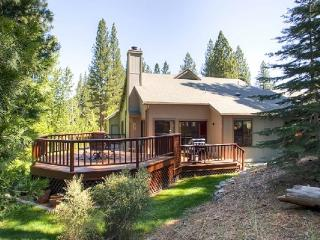 #110 TAMARACK Gorgeous Deck, on the golf course $225.00-$255.00 BASED ON DATES