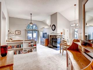 #105 COTTONWOOD PET FRIENDLY Gorgeous family get away on the golf course