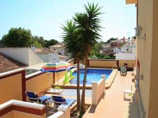2 bed La Zenia beach with private pool near Golf C