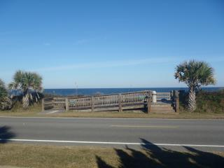 Top Floor With Amazing Ocean Views, Flagler Beach
