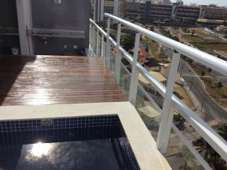 Cobertura com Deck e Piscina Privativos, Salvador
