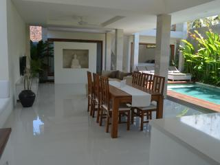 Rumah Sari, Canggu