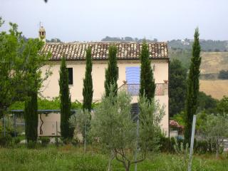 Italian holiday DeQuDa countryhouse, Mosciano Sant'Angelo