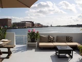 Harbour View Houseboat, Ámsterdam