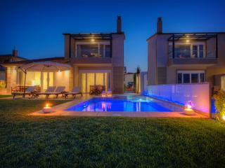 Sunny Villas and Spa - Family Villa 110sqm
