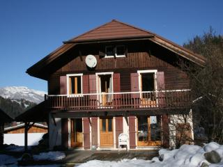 CHALET, COMFORT, CHARM AND LIGHT, OVERLOOKING MONT, Les Contamines-Montjoie