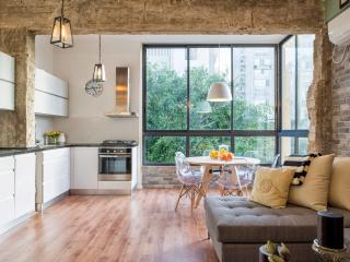 Super Luxurious 3 Bed 2 Bath +elev., Tel Aviv