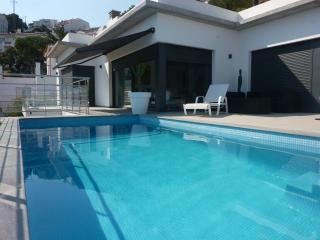 villa standing piscine vue mer, Rosas