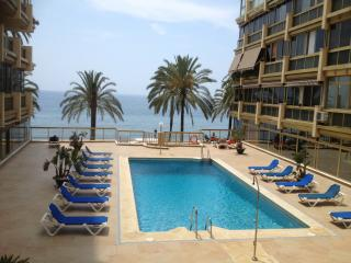 Luxurious Frontline-Beach Marbella-Town Apartment