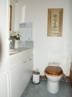 Bathroom- loads of storage, brightly lit, good sized mirror, co-ordinated towels