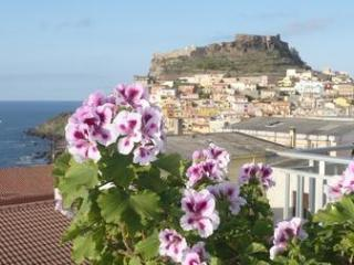 LUXURY HOLIDAY HOUSE ON THE SEA....., Castelsardo