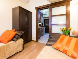 4bdr 2bth Vanilla 3 Apartment 5min to Main Square, Cracovia