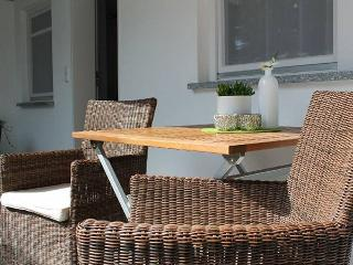 Vacation Apartment in Immenstaad - 323 sqft, 1 bedroom, max. 2 people (# 6120)