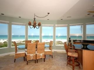 Island Paradise #1 - Direct Beachfront - 2 BR/2 BA, Holmes Beach