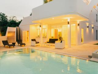 Vacation Rentals - Baan Chalong Pool Villa