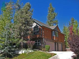 Dream Catcher is a Big Bear cabin rental with a fenced yard and gorgeous decks making it perfect for the whole family to enjoy., Big Bear Region