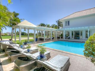 Comfortable 4 Bedroom Family Vacation Villa in Gated Punta Cana Resort - 4 Bedroom!