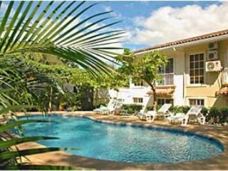 2/2 condo w pool & walk to beach - $125 per night, Tamarindo