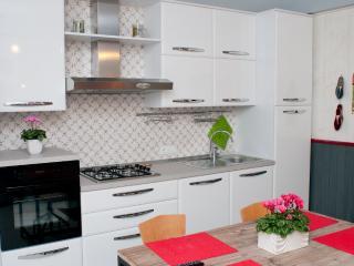 Kitchen - Tami Holidays - Vittorio Veneto