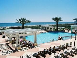 Beach! Discounts! Fabulous 2nd Row Luxury 3/3 w/Pointe West Beach Resort Access