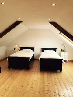 Twin bedrooms, light and airy with velux skylight windows and very spaceous !