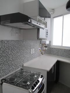 Microwave, stove ..