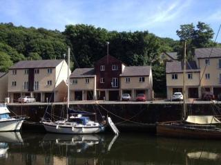 3 Bedroom townhouse, Y Felinheli, North Wales