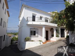 La Casa Cometa, Altea la Vella old town