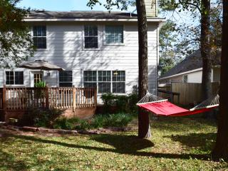 Relaxing 4 Bedroom House in the Woodlands