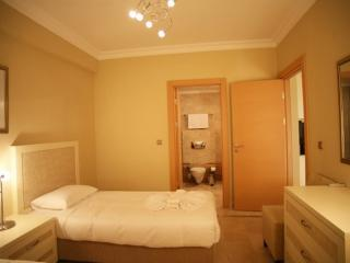 LUXURY 2+1 RENTAL APPT WITH FACILITIES, Kargicak