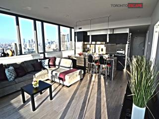 Heart of Entertainment District - Luxury living, Toronto