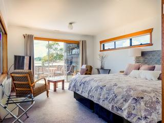 Ulverstone  Boutique Accommodation Coast 2 Canyon