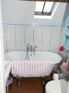 Coachhouse Bathroom