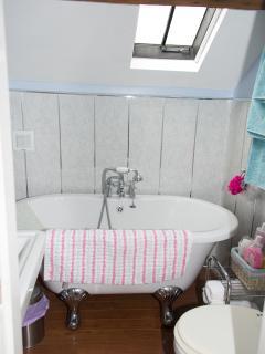 Coachhouse Bathroom