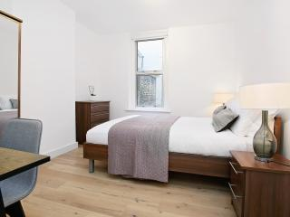 77. 2BR FLAT - COVENT GARDEN - SOHO - WEST END, Londres