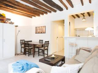 LOVELY 2 ROOMS APPT 45M2 5MN FROM CHAMPS ELYSEES, Paris
