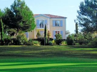 Bastide grand confort sur le golf de Pont Royal, Mallemort