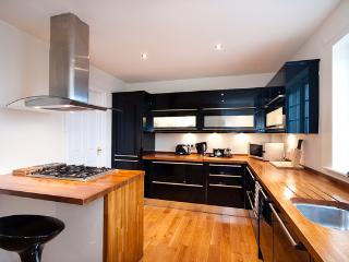 Ratcliffe Terrace Apartment ,  Sleeps 11, Edimburgo