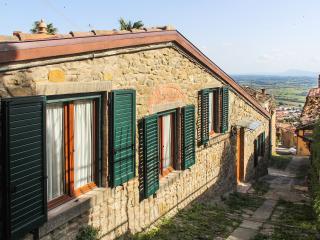 Casa di Pietra, Cortona