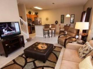 3152YLL. 4 Bed 3 Bath Town Home In Encantada Resort
