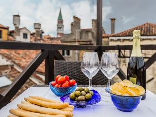 you can relax tasting Italian food and wine