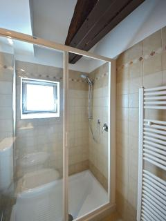 the bathroom at the lower level serves bedroom 1 and 2