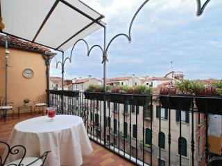 enjoy a panoramic view of Venice from the nice terrace