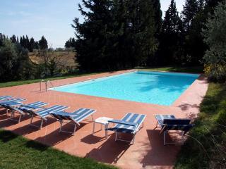 grande casale da 14 posti agriturismo con piscina esclusiuva
