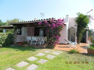 villa a 100 m. dal mare in costa smeralda, Baia Sardinia