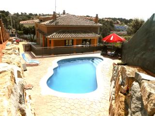 Villa 'Holiday Heaven', only 25km to Barcelona!, Sentmenat