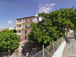 HOLIDAY HOUSE, Regio de Calabria