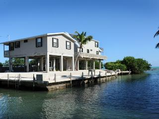 140 Atlantic Lane, Islamorada