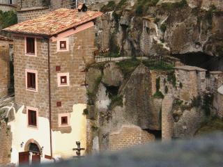 StoneTower Ancient Charming Quiet 1h from Rome